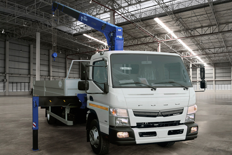 FUSO CANTER TF Бортовая платформа с КМУ 6200х2550х600